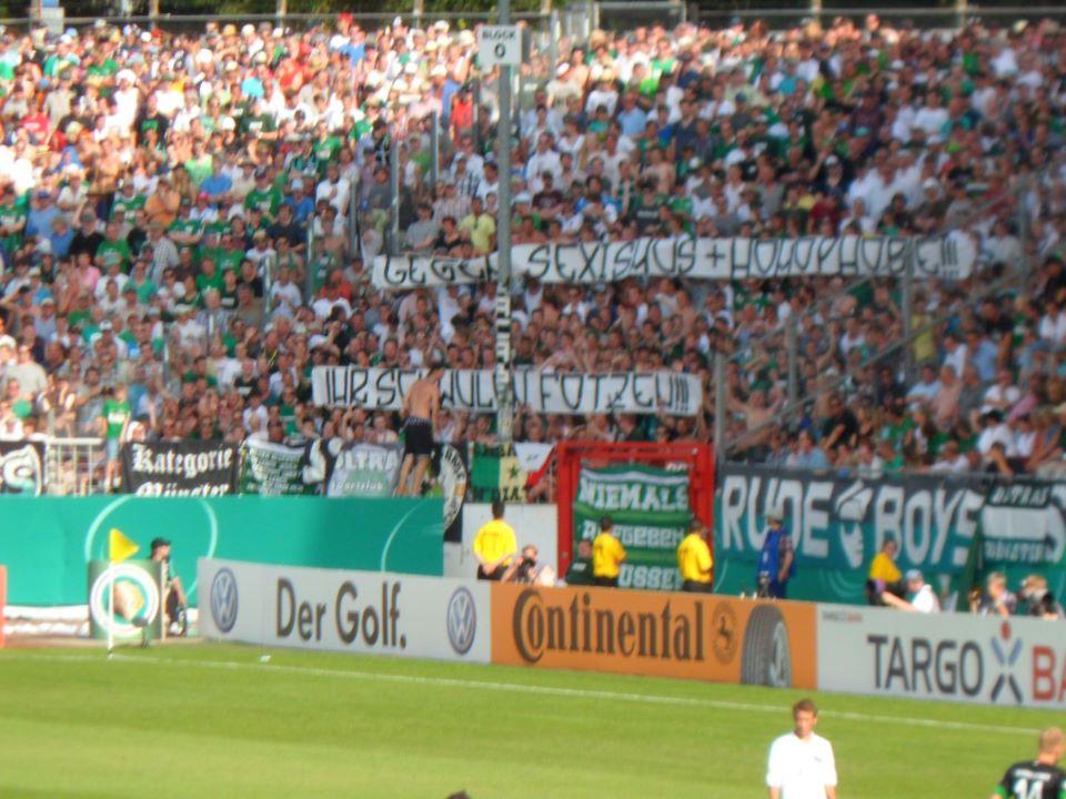 http://fussballvonlinks.blogsport.de/images/PrMGegenSuHiSF.jpg